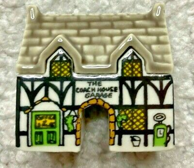 Wade Coach House Garage Village Of The Broadlands, Party Crackers, 1988 **rare** • 149.99£