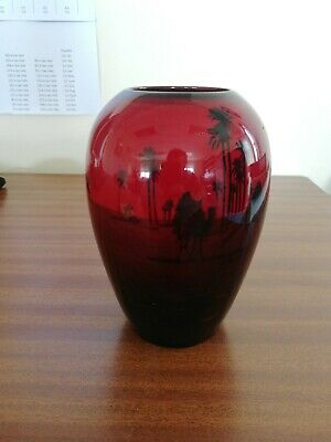 BEAUTIFUL DOULTON FLAMBE VASE 6ins TALL IN PERFECT CONDITION • 40£