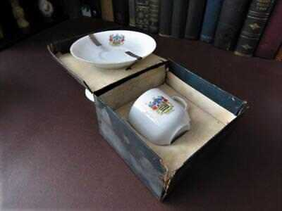 Antique Crested Ware Teacup & Saucer  Blackpool  In Original Box • 24.99£