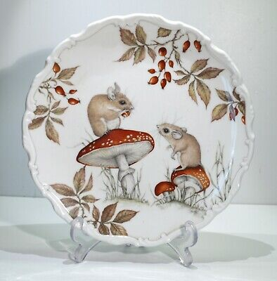 A Royal Albert Bone China Plate - The Country Walk Collection No 3. • 12.99£