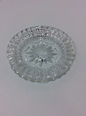 Glass Ashtry, Round, Crystal Cut.  • 6£
