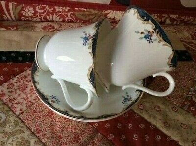 WEDGWOOD CHARTLEY TEA CUP S AND SAUCER S X 3  • 18£