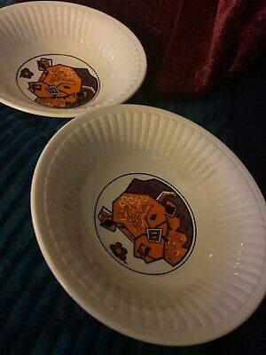 RETRO 1970's 'BEEFEATER' ENGLISH IRONSTONE CEREAL BOWLS BULL DESIGN.. X 2 • 32£
