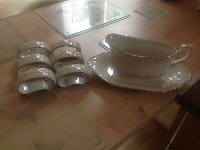 White And Gold Gravy Boat And Plate Plus 6 Napkin Holders • 8.99£