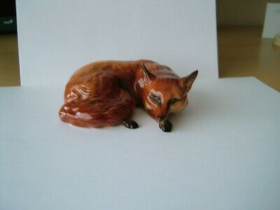 Beswick Fox Figurine In Curled Position • 10£
