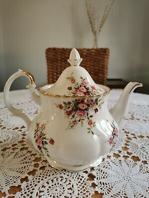 Beautiful Large Vintage Royal Albert Bone China Teapot In Cottage Garden Pattern • 15.60£