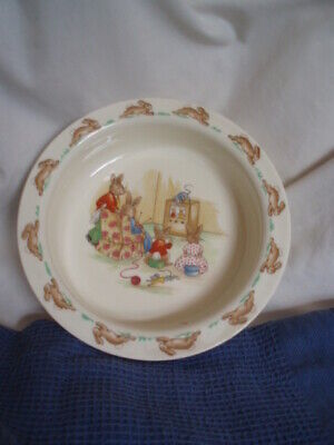 Sweet Collectable Royal Doulton Bunnykins Bowl-bunnykins Watching Television • 2.20£