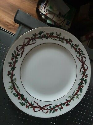 Royal Worcester Holly Ribbons Salad ~ Sandwhich ~ Cake Plate • 9.99£