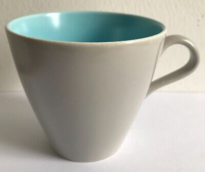 Poole Pottery Cup • 3£