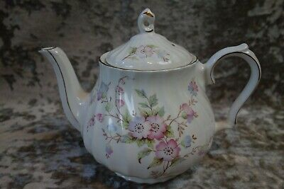 Vintage Sadler Teapot With Pink Flowers & Gold Trim – Pours Well   • 12£