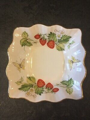 Lovely Queens Bone China Dish • 1.50£