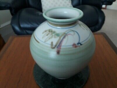 Studio Pottery Vase Hand Potted & Painted With Seal Mark A B Please See Pictures • 34.99£