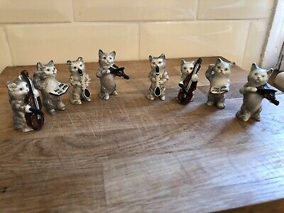 BESWICK CAT ORCHESTRA  - 8 Pieces • 100£