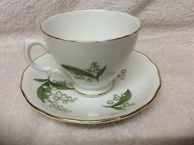 Royal Vale Bone China Cup And Saucer Lily Of The Valley • 6£