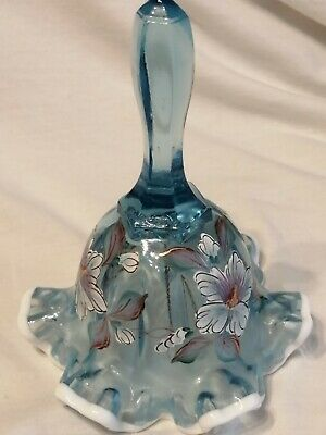 Fenton Glass Bell • 10£