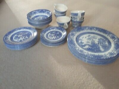 Willow Pattern English Ironstone Tableware • 30£