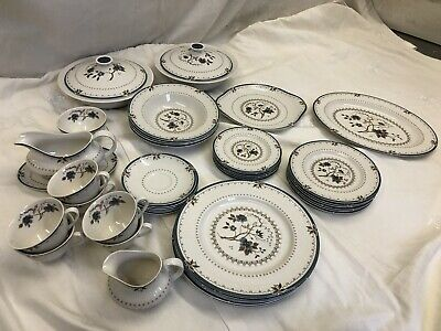 Royal Doulton Old Colony TC1005 - 44 Piece Dinner And Tea Set • 25£