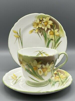 Shelley Jonquil Trio - Cup, Saucer & Side-plate - 13670 Pattern  • 14.95£