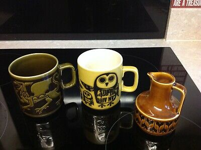 Hornsea Pottery, 2 Mugs And Small Jug. 1970's Style. Used. • 36£