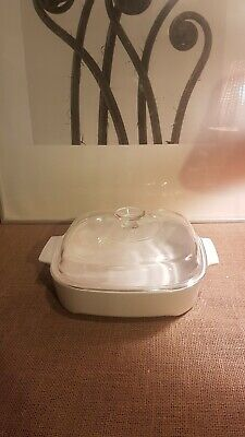 Pyrex Microwave Only Casserole Dish. • 20£