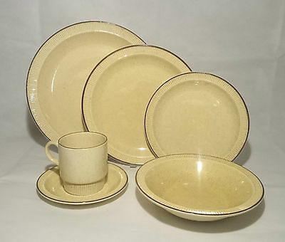 Vintage Poole Pottery Broadstone Earthenware Collection - Huge Selection Updated • 2.95£