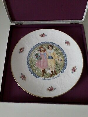 Royal Doulton Valentine's Day Plate 1976 Ideal Gift Anniversary  • 9.99£