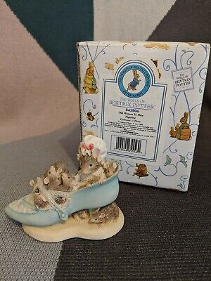 Beatrix Potter Figurine: Mouse In Shoe With Babies • 8£