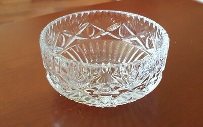 Vintage Decorative Heavy Cut Glass Bowl 3.9  X 2.4    • 2.50£