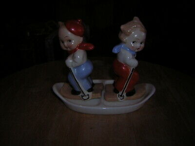 Hummel Salt And Pepper Pots Of Boy And Girl Skiing +stand Made In West Germany  • 0.99£