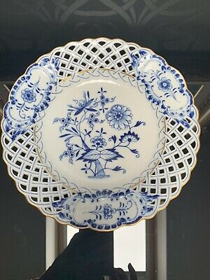 Meissen Collectible Plate Blue Onion Pattern Reticulated Border  • 49.99£