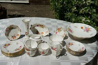 23 Piece Royal Crown Derby  Derby Posies  China Tea Set • 90£