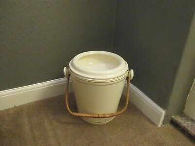 Ceramic Slop Bucket - Chamber Pot With Lid,  • 19.99£