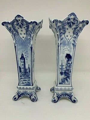 A Pair Of Stunning Delft Blue And White Vases. • 10£
