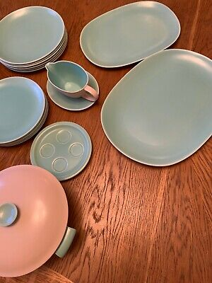 Poole Twintone Ice Green/seagull Dinner Service • 13.06£