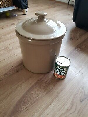 Pearsons Of Chesterfield Large Stoneware Pot With Lid  • 10£