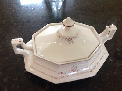 A Johnson Brothers 'madison' Twin Handled Lidded Vegetable Tureen • 5.99£
