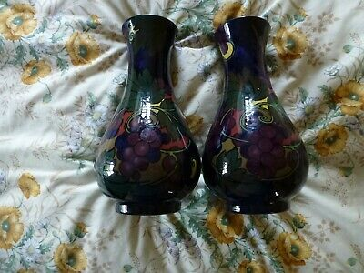 Two Royal Stanley Ware Vases, Jacobean • 22£