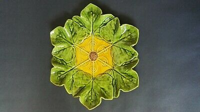 BRETBY MAJOLICA IVY LEAF PLATE No.1766   Ault Tooth C1895  • 30£