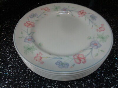 Boots Carnation Dinner Plates X 6 • 36£