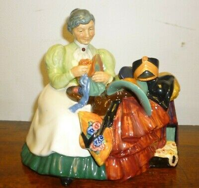 Vintage Royal Doulton Figure Called The Wardrobe Mistress HN2145 • 115£