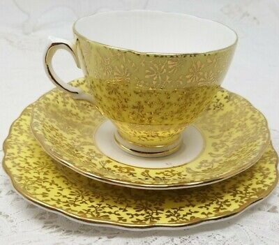 Stunning Colclough Vintage Yellow White Gold Bone China Cup Saucer & Plate Trio • 10.95£