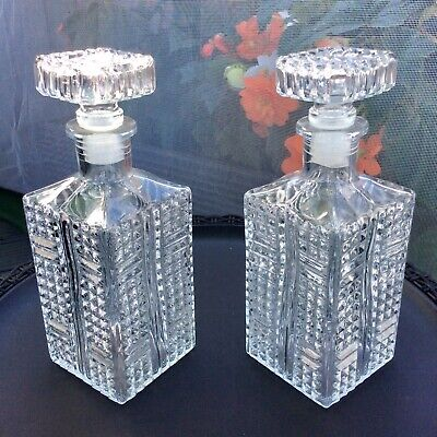 Pair Of Matching Crystal Decanters,Great Design, Lovely Condition • 15.95£