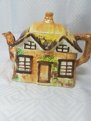 Vintage Ye Olde Cottage Tea Pot Made In England  • 9.99£