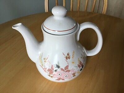 BOOTS -  HEDGE ROSE -  TEA/COFFEE POT In Very Good Condition  • 12£