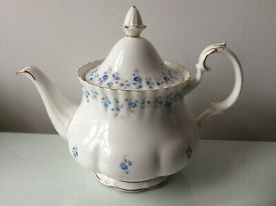 Pretty Vintage Royal Albert Memory Lane Large Teapot Forget-Me-Nots • 29.99£