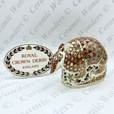 Royal Crown Derby Armadillo Paperweight - 1st Quality Gold Stopper • 60£