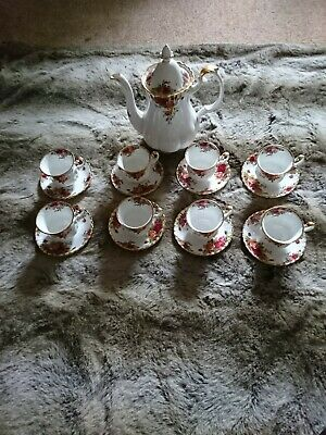 Royal Albert Old Country Roses Coffee Pot And 8 Coffee Cups And Saucers • 32£