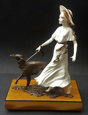 Well Detailed Limited Edition Albany China Deauville Lady With Dog Figurine • 189.99£