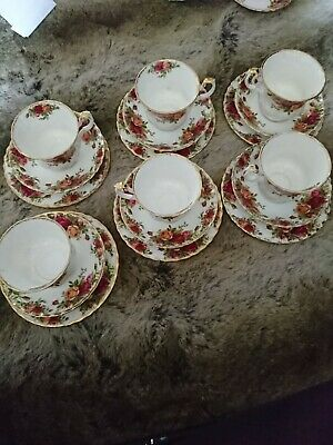 Set Of 6 Royal Albert Bone China Old Country Roses Tea  Cup, Saucer & Side Plate • 6£