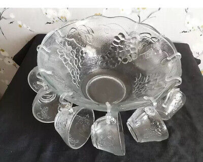 Lovely Vintage Glass Punch Bowl And 10 Cups And Hooks. Romance • 20£